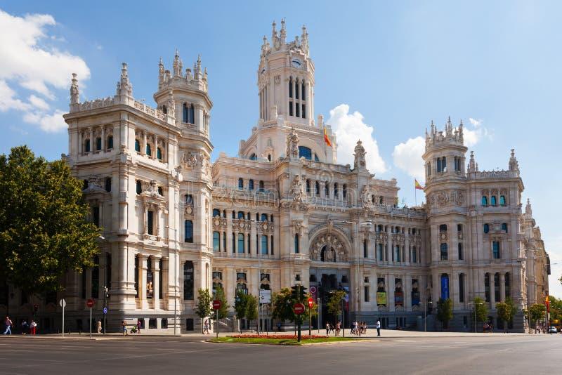 Opinión del día del palacio de la comunicación en Madrid, España imagen de archivo