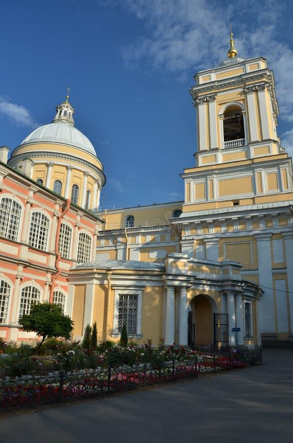 Opinión del detalle de Alexander Nevsky Monastery en St Petersburg fotos de archivo