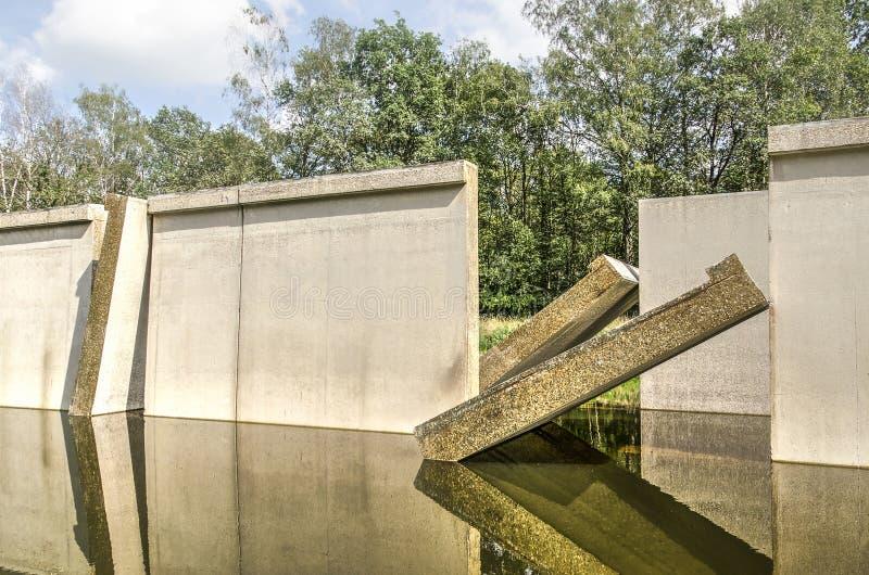 Opinión del detalle de la instalación hidráulica anterior imagenes de archivo