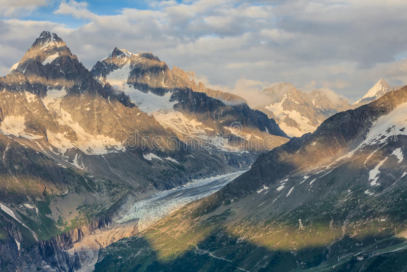 Opinión del glaciar de Argentiere, Mont Blanc Massif, Francia imagen de archivo