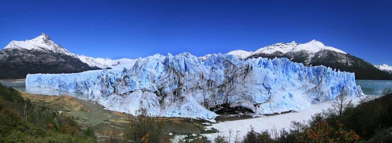 Opinión del glaciar de Perito Moreno (la Argentina) imagenes de archivo