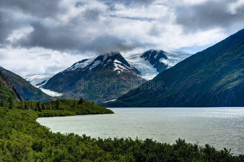 Opinión del glaciar de Whittier en Alaska los Estados Unidos de América fotos de archivo