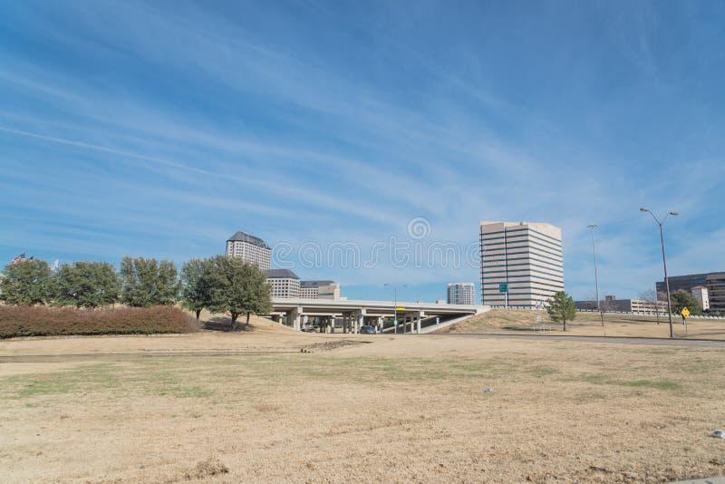 Opinión del horizonte de Las Colinas de John Carpenter Freeway foto de archivo