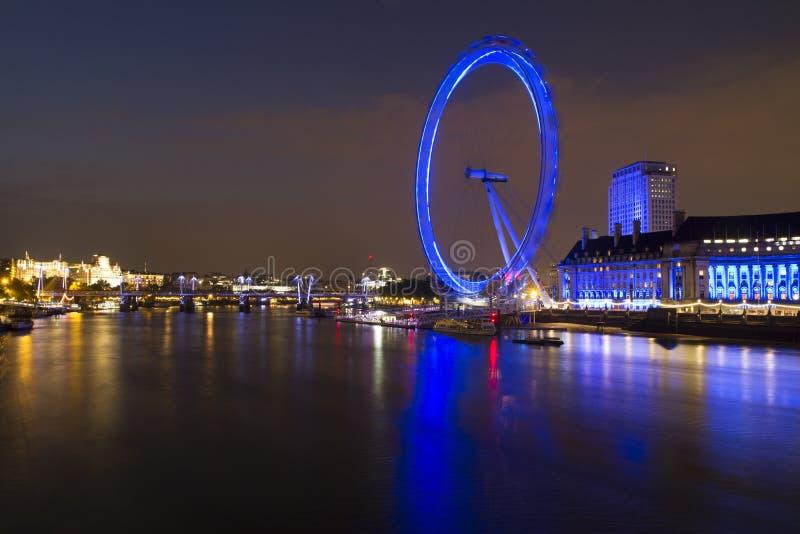 Opinión del horizonte del ojo de Londres imágenes de archivo libres de regalías