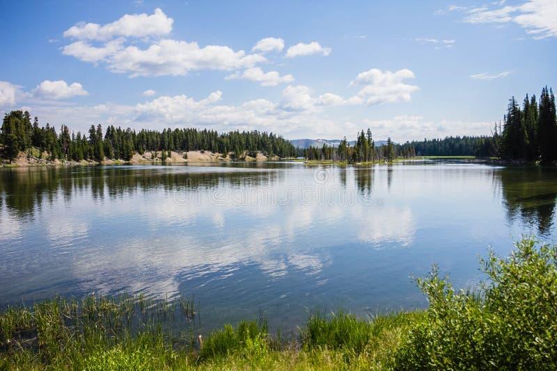 Opinión del lago fotos de archivo libres de regalías