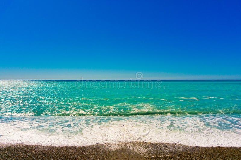 Opinión del mar Horizonte del mar Línea de la costa de mar imágenes de archivo libres de regalías