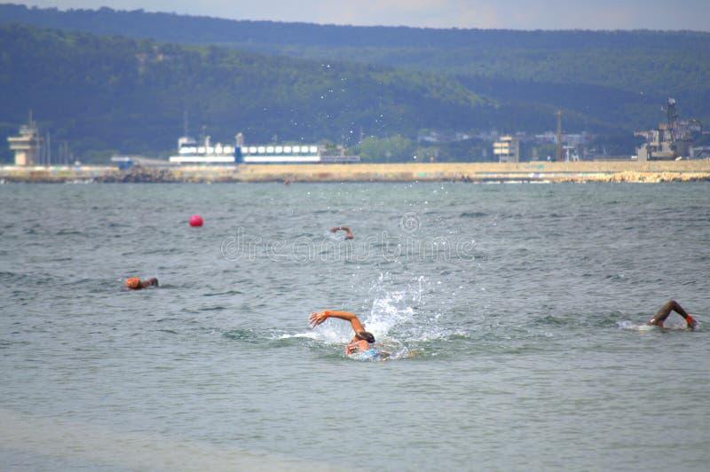 Opinión del maratón de la natación de Galata-Varna fotos de archivo libres de regalías