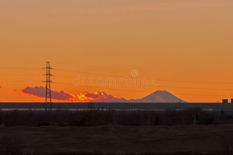 Opinión del monte Fuji por tarde imagen de archivo