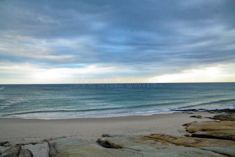 Opinión del océano y de la playa foto de archivo libre de regalías