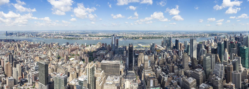 Opinión del oeste del panorama del Empire State Building con New Jersey y el río Hudson, Nueva York, Estados Unidos fotos de archivo libres de regalías