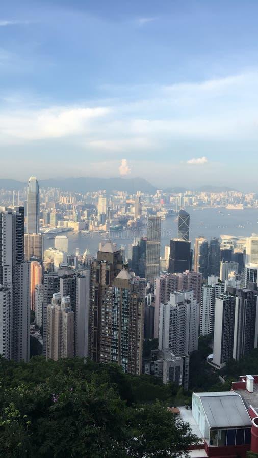 Opinión del pájaro sobre el top de la montaña en HK fotos de archivo