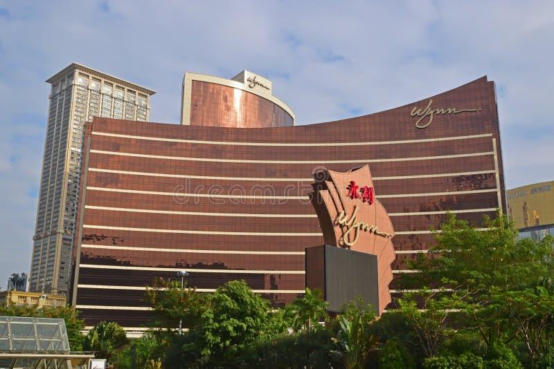 Opinión del paisaje de los edificios de Wynn Macau con diseño interesante de la arquitectura fotos de archivo libres de regalías