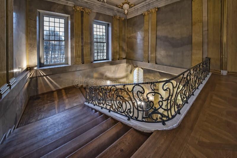 Opinión del palacio de Berlín, Alemania, el 2 de julio de 2017 Charlottenburg de la escalera del castillo de Schloss Charlottenbu imagen de archivo libre de regalías