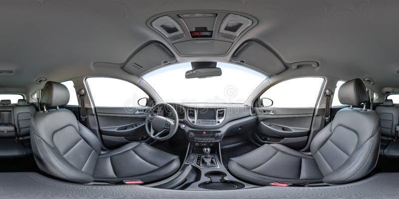 opinión del panorama de 360 ángulos en el interior del coche moderno Hyundai del prestigio Por completo 360 por 180 grados fotos de archivo libres de regalías