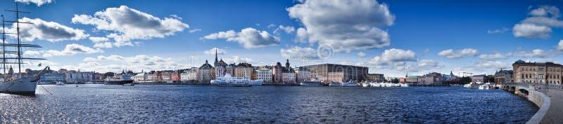 Opinión del panorama de Gamla Stan, Estocolmo, Suecia imagenes de archivo