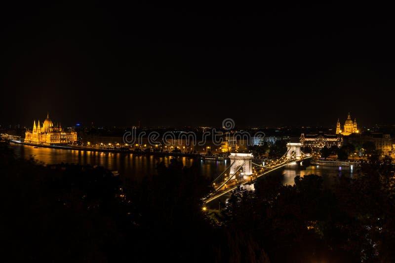 Opinión del panorama de la noche de Budapest foto de archivo libre de regalías