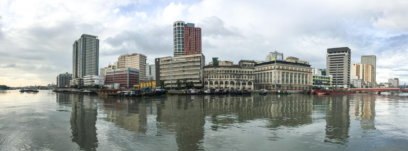 Opinión del panorama de Manila, Filipinas fotografía de archivo