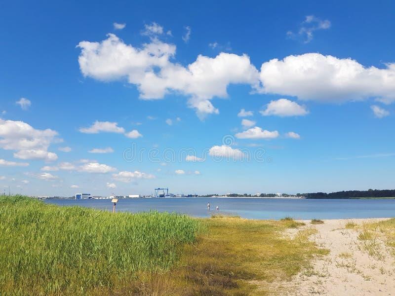 Opinión del panorama del lago fotos de archivo libres de regalías
