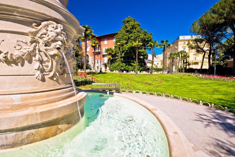 Opinión del parque y de la fuente de Opatija imagen de archivo libre de regalías