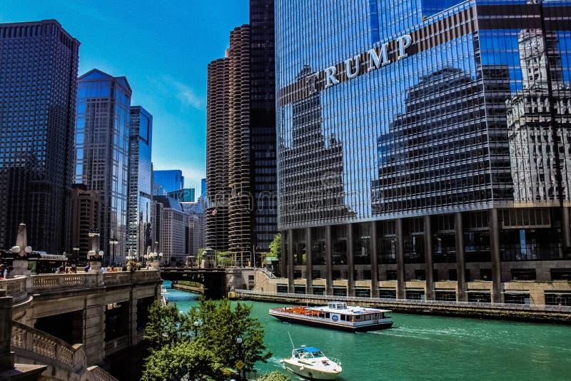 Opinión del puente de DuSable, Chicago IL foto de archivo
