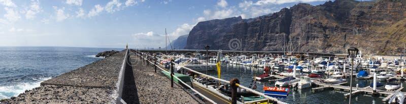 Opinión del puerto fotografía de archivo libre de regalías