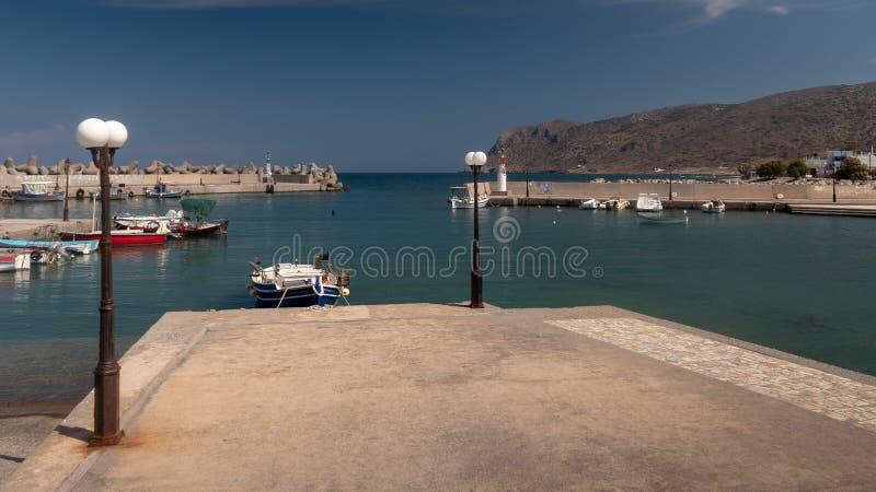 Opinión del puerto de Milatos Creta del este del norte fotos de archivo
