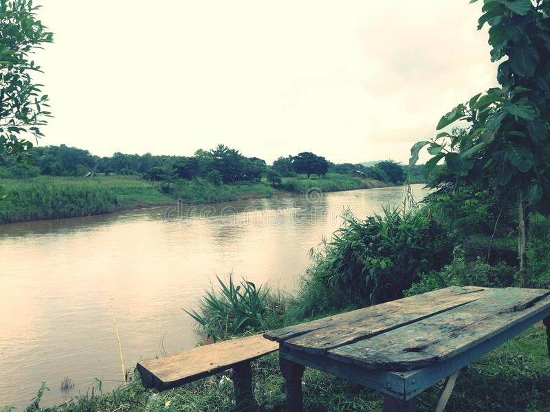 Opinión del río imagen de archivo libre de regalías