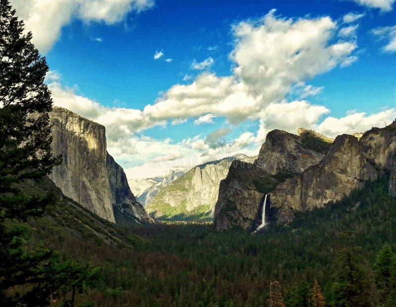 Opinión del túnel en el parque nacional de yosemite, California los E.E.U.U. fotografía de archivo libre de regalías