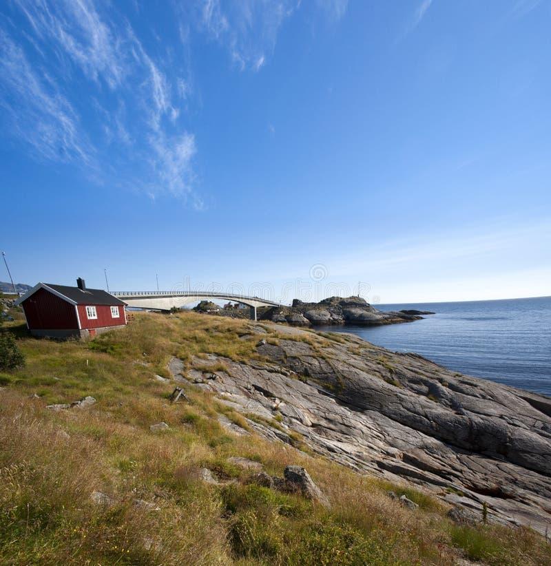 Opinión del verano de las islas de Lofoten cerca de Moskenes fotos de archivo