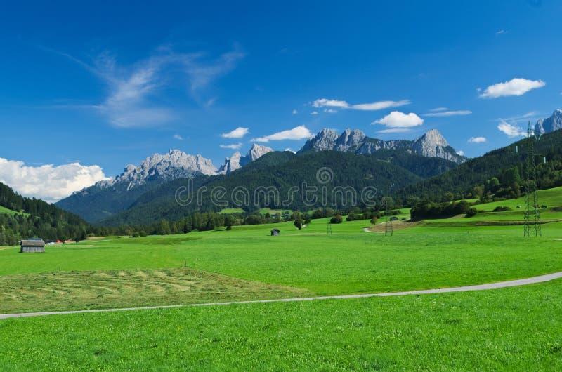 Opinión del verano de Val Casies y del x28; Tal& x29 de Gsies; foto de archivo
