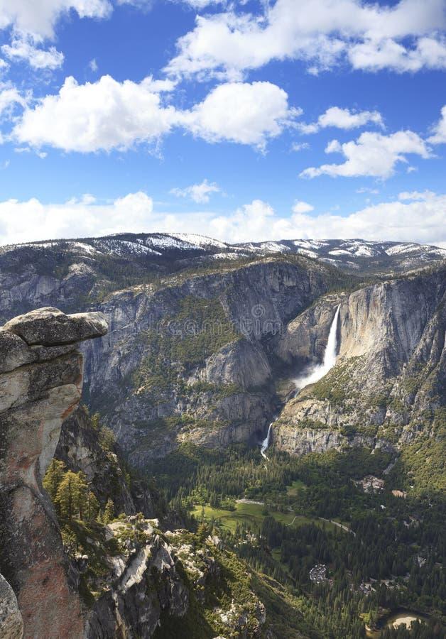 Opinión del verano del valle de Yosemite imagen de archivo libre de regalías