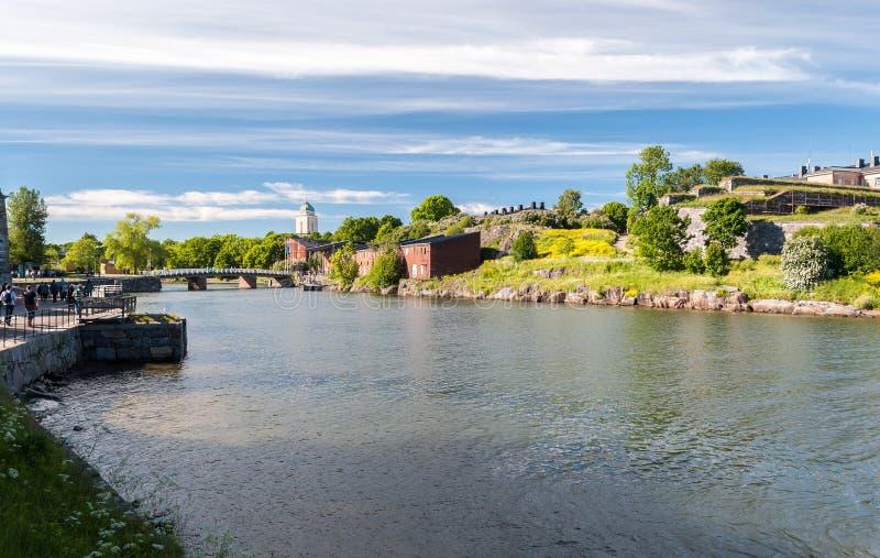 Opinión del verano mar una fortaleza de Suomenlinna, cerca de Helsinki Finlandia imágenes de archivo libres de regalías