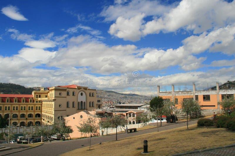 Opinión el capital de Quito, Ecuador en Suramérica fotografía de archivo