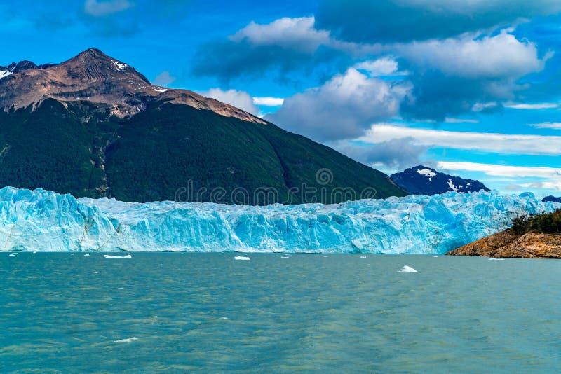 Opinión el Perito Moreno Glacier en el lago argentina foto de archivo libre de regalías