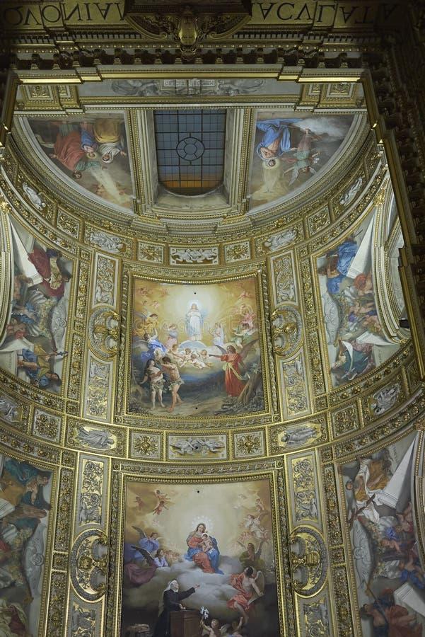 Opinión el santo Andrew Basilica fotografía de archivo