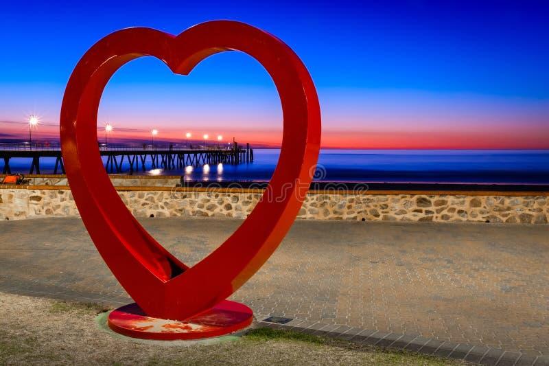 Opinión enmarcada embarcadero de la playa de Glenelg foto de archivo libre de regalías