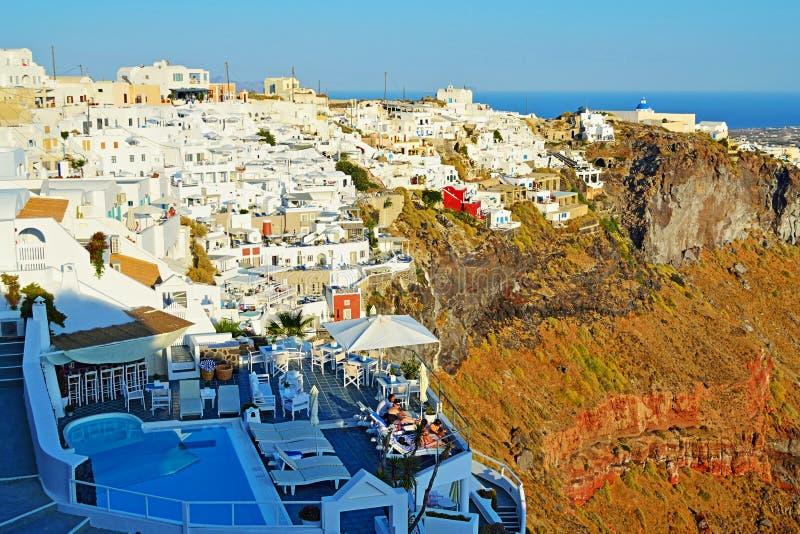 Opinión escénica Santorini Cícladas Grecia del pueblo de Firostefani foto de archivo libre de regalías