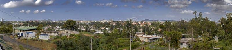Opinión granangular la comunidad de Cerro Gordo en Bayamon Puerto Rico foto de archivo libre de regalías