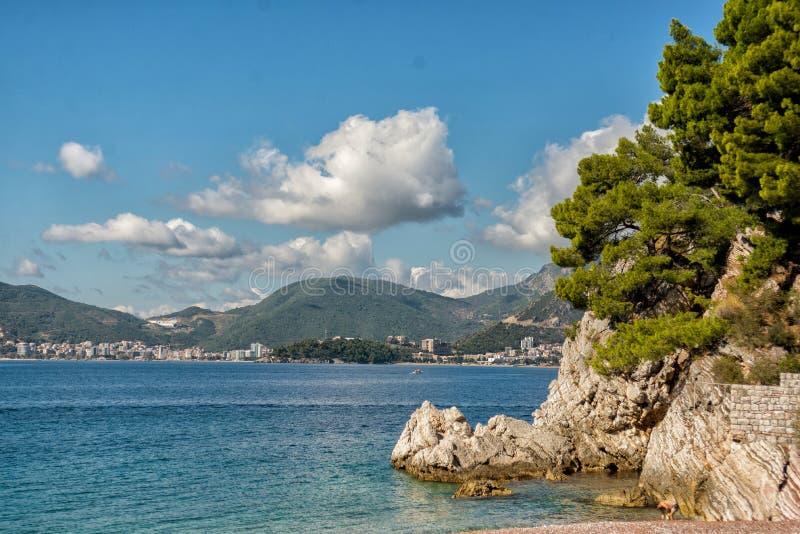 Opinión hermosa de la costa, mar adriático, Montenegro fotos de archivo libres de regalías