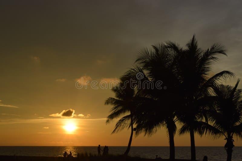 Opinión hermosa de la puesta del sol fotos de archivo