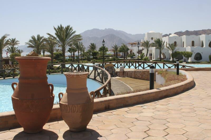 Opinión hermosa del hotel de la playa fotos de archivo libres de regalías