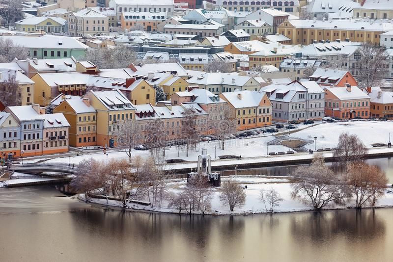 Opinión hermosa del invierno de la ciudad vieja minsk belarus imagen de archivo