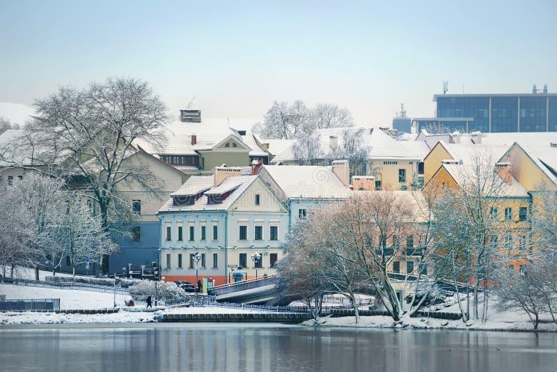 Opinión hermosa del invierno de la ciudad vieja minsk belarus fotografía de archivo