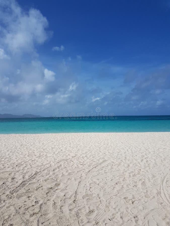 Opinión hermosa simple de la playa imagen de archivo libre de regalías