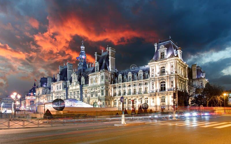 Opinión Hotel de Ville (ayuntamiento) en París, Francia imagen de archivo