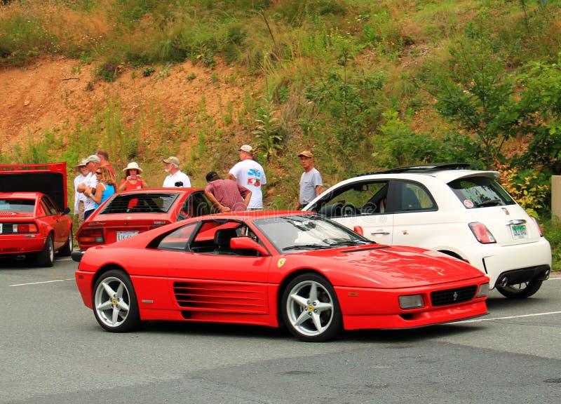 Opinión italiana roja de parte delantera del coche de deportes foto de archivo libre de regalías