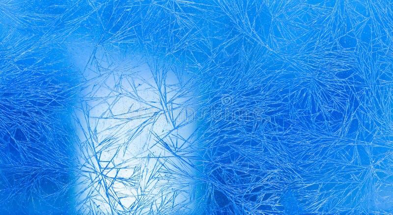 Opinión macra del invierno congelado del modelo de flores del hielo Días de fiesta de Navidad y fondo frío de la tarjeta de felic fotos de archivo libres de regalías