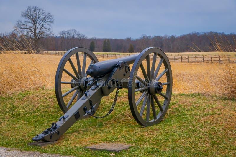 Opinión Napoleon, cañón de 12 libras, situado en un parque del campo de batalla del cementerio en el campo de batalla histórico n foto de archivo