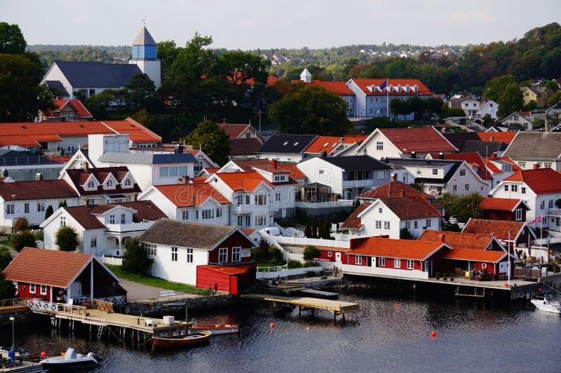 Download Opinión Noruega Langesund, Noruega Del Puerto Foto de archivo - Imagen de ecología, campo: 44855054