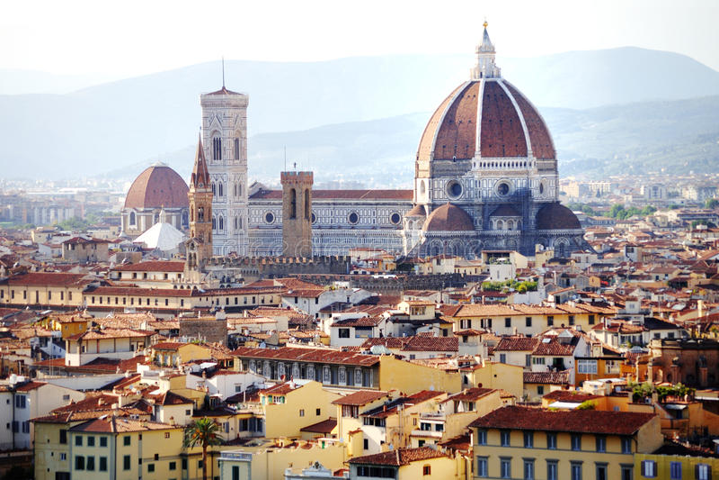 Opinión panorámica de la catedral de Florencia, Firenze, Toscana, Italia imagen de archivo libre de regalías